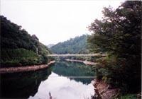 古く日本書紀に見える「津振り(つぶり)」の地