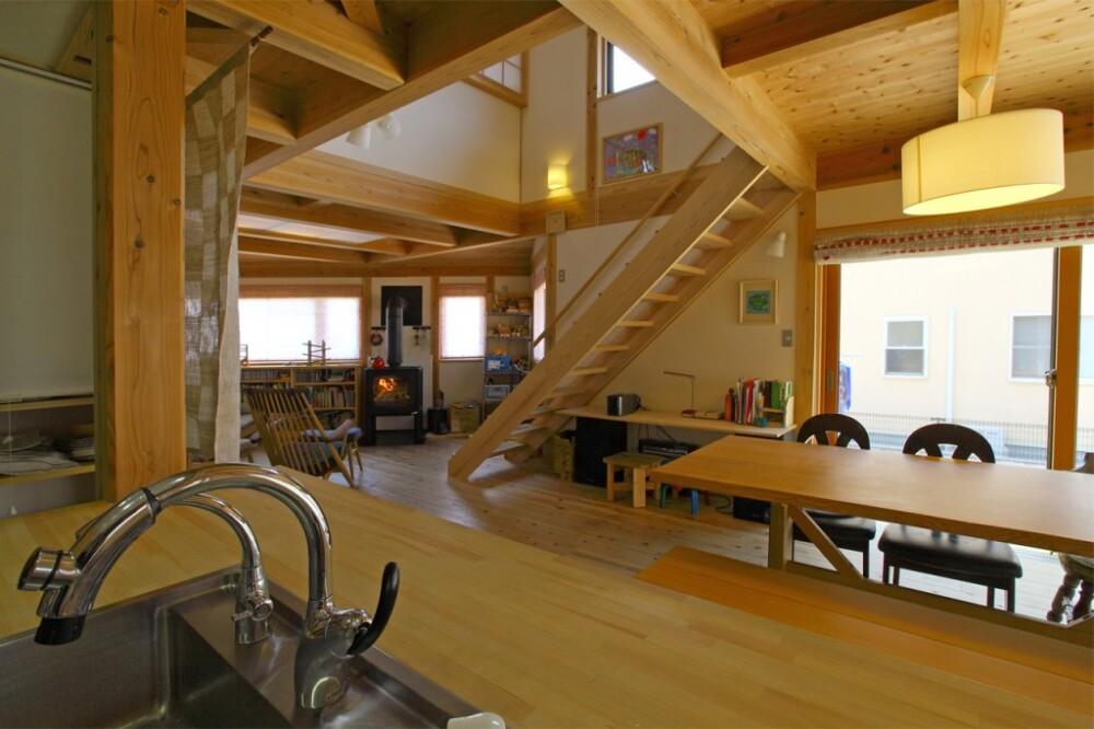 自然いっぱいの大空間の木の家(岡山県津山市)