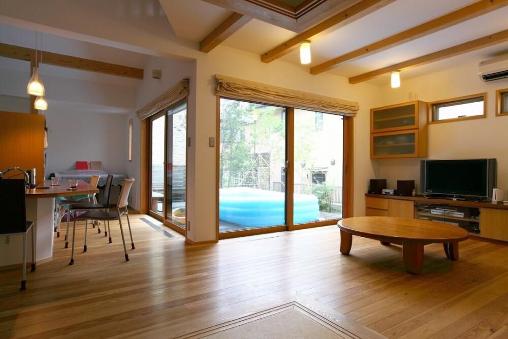 太陽で床暖房する木の家(京都市)